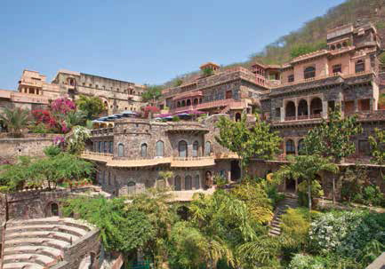 jaipur-of-royal-palaces-and-desert-landscapes-14