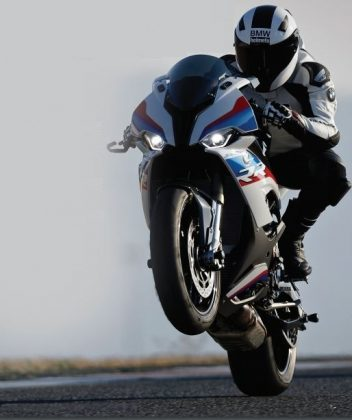 BMW S 1000 RR The art of speed